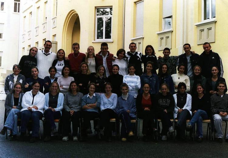 Photo de classe Terminale LES de 2000, Itecboisfleury  ~ Itec Bois Fleury