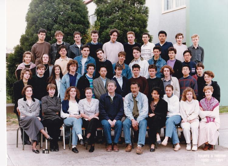 Photo De Classe Prepa Hec 1 De 1990 Lycée Paul Valery Copains D Avant