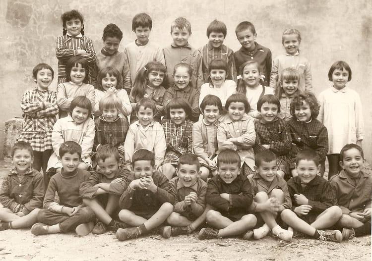 Photo De Classe Cp De 1965  Ecole Saint